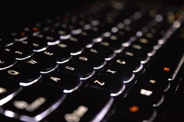 keyboard-932830_1920